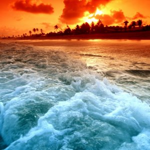 Waves in Sunset wallpaper